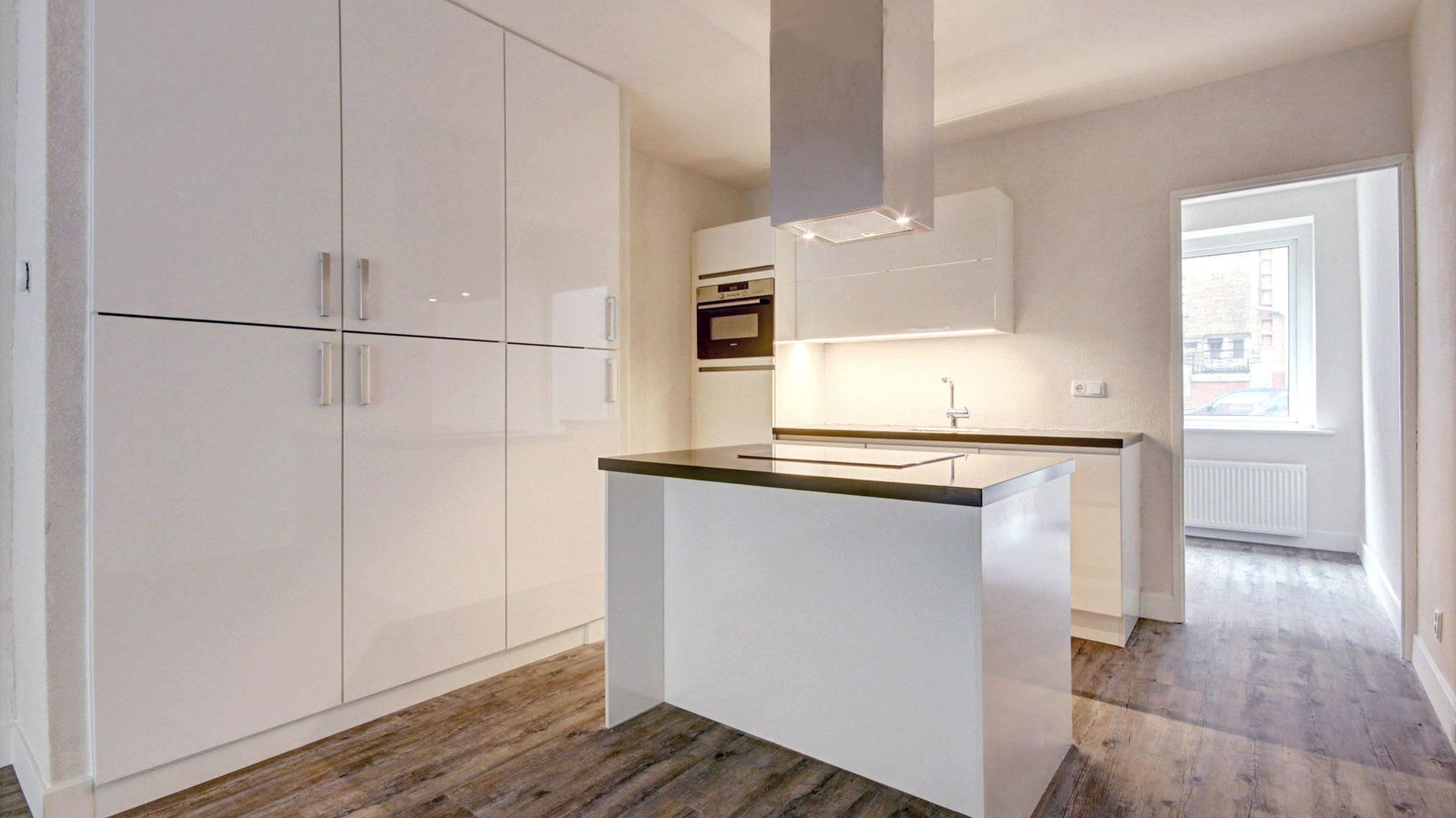 Keuken Met Dakraam : Keuken met kookeiland en inbouwkast jdrt bouw
